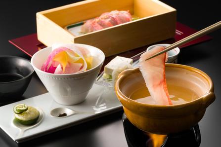 「四季彩ダイニング美厨」今月の厳選素材料理の写真