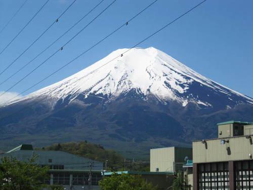 河口湖周辺 温泉宿「本日の富士山は最高です!!」