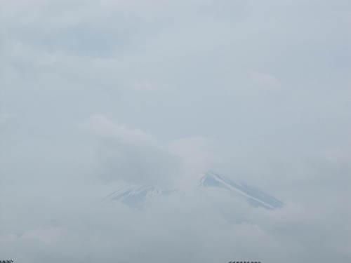 山梨県 温泉宿 「梅雨入りしましたね」