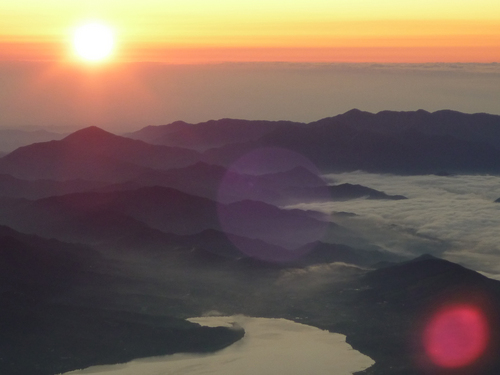 富士山ご来光ツアー(旅行企画・実施 富士急トラベル株式会社)