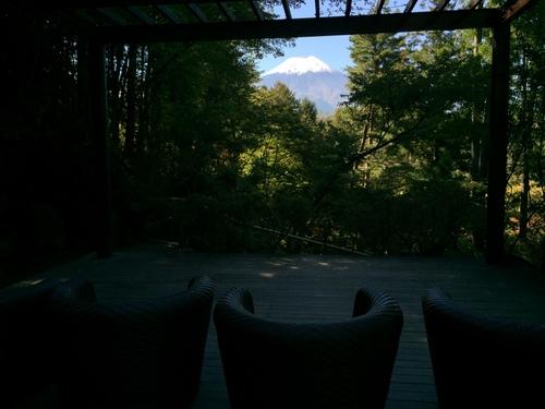 庭園の紅葉情報No.4|富士山温泉ホテル鐘山苑